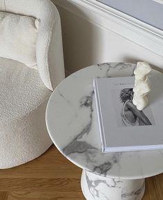 Home Room Design, Home Interior Design, Interior Decorating, House Design, Aesthetic Rooms, White Aesthetic, Interior Inspiration, Room Inspiration, Minimalist Room