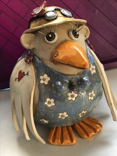 Decorative Gourds, Hand Painted Gourds, Pottery Animals, Ceramic Angels, Clay Birds, Sculptures Céramiques, Bird Quilt, Pottery Classes, Pottery Sculpture
