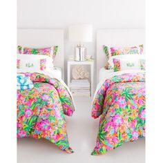 Lilly Pulitzer Sister Florals Duvet Covers and Shams - Garnet Hill ($48) ❤ liked on Polyvore featuring home, bed & bath, bedding, lace bedding, lace pillow shams, patterned bedding, retro bedding and floral shams