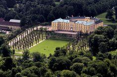 Frederiksberg Slot, tidligere kongeslot i København.