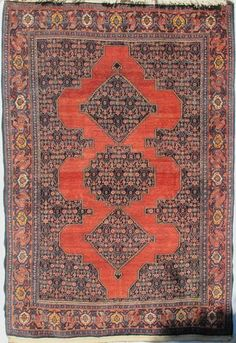 """Peter Linden / Hand knotted by Kurdish weavers from the town of Sanandaj, Persian Kurdistan, C. 1910-1920. Size 207 x 143 cm, 6'10"""" x 4'9""""."""