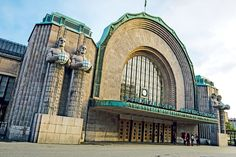 1. Helsinki Railway StationThis masterpiece of architect Eliel Saarinen was completed in 1919 and features granite statues holding spherical lamps that are lit at night. They make the station a drawcard for tourists as well as passengers.