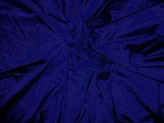 A darker, more complex variant of Canterbury Blue shot with Onyx Black...Simply incredible! our price per yard:$15.00