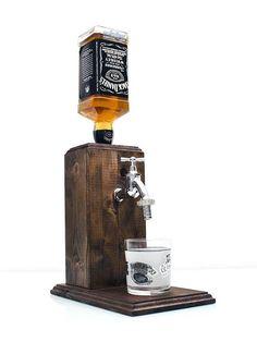 Bourbon | Spender, trinken | Spender, Wein | Spender, Schnaps | Spender, Weihnachten | Geschenk, Whiskey | Spender, Alkohol | Spender, Jack | Spender Geschenk für Männer, Papa Geburtstagsgeschenk, Geschenk für Jungs, Whisky-Geschenk für ihn, Holz-Männer Handgemachte Schnaps Spender