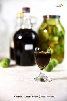 Red Wine, Alcoholic Drinks, Glass, Food, Drinkware, Corning Glass, Essen, Liquor Drinks, Meals