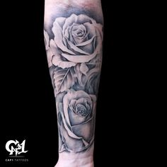Rose Tattoo Sleeve by Capone - A forearm of roses, pt. Black and gray roses are one of the most enjoyable tattoos for Capone. Inner Arm Tattoos, Rose Tattoos For Men, Inner Forearm Tattoo, Forearm Tattoo Design, Arm Tattoos For Guys, Trendy Tattoos, Dainty Tattoos, Forearm Tattoo Quotes, Forarm Tattoos