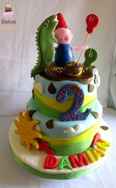 Torta Chanchito George #TortaChanchitoGeorge #TortasDecoradas #DulcesKaprichos Tortas Peppa Pig, Birthday Cake, Desserts, Food, Sweet Treats, Tailgate Desserts, Birthday Cakes, Deserts, Meals
