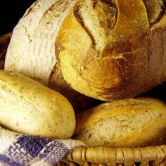 Stop Eating Gluten and For Crying Out Loud, Don't Substitute with Gluten-Free Junk Food - Sukie Baxter Gluten Free Junk Food, Gluten Free Bakery, Wholemeal Flour Recipes, French Bread Pizza, Bread Ingredients, Dehydrated Food, Stop Eating, Rolls Recipe, Easy Healthy Recipes