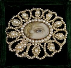 ANTIQUE GENUINE SEED PEARL BROOCH WITH PAINTED LOVERS EYE MINIATURE c 1800's  $400++