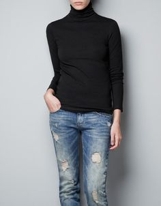 TURTLE NECK T-SHIRT - ZARA w/ ripped jeans
