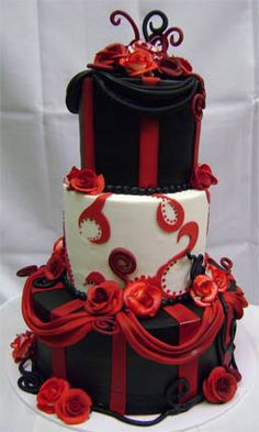 Wow look at this cake!!! They call it gothic...I am not into gothic but this is interesting, creative and somewhat pretty.  via  takesthecake.com