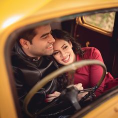 """""""There's something about vintage cars and pre-wedding shoots. We are loving this adorable frame captured by Pre Wedding Poses, Pre Wedding Photoshoot, Wedding Shoot, Wedding Car, Post Wedding, Wedding Album, Wedding Couples, Creative Couples Photography, Couple Photography Poses"""