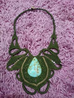 collar artesano de macrame y piedra semipreciosa de GARLOP en Etsy
