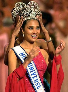 Look at that crown on Miss India Lara Dutta, 21 for Miss Universe 2000.