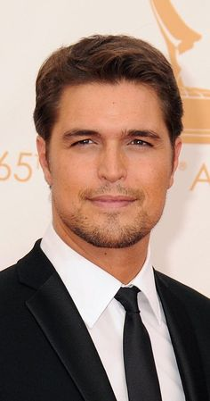 Pictures & Photos of Diogo Morgado - IMDb