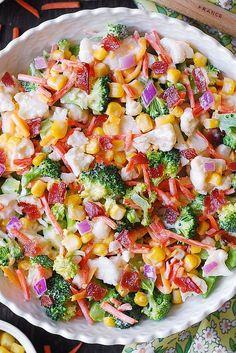 Feb 2020 - Creamy Broccoli, Cauliflower, Corn, Bacon Salad with Carrots and Red Onions Healthy Broccoli Salad, Broccoli Cauliflower Salad, Vegetable Salad Recipes, Best Salad Recipes, Salad Dressing Recipes, Healthy Recipes, Broccoli Florets, Party Recipes, Summer Recipes