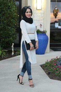 Hijab chic 32 Beautiful hijb look ideas practical to wear every . - Hijab chic 32 beautiful practical hijb look ideas to wear every day - hijab tips Hijab Fashion 2017, Modern Hijab Fashion, Dubai Fashion, Modest Fashion, Fashion Outfits, Hijab Fashion Summer, Modern Abaya, Cheap Fashion, Fashion 2020