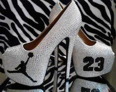 shine girl love jordan's heels boy black and white 23 shoes Teen Fashion, Fashion Shoes, Fashion Tips, Fashion Trends, Runway Fashion, Fashion Edgy, Fashion Black, Fashion Women, Fashion Online