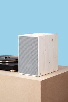 German-based studio Neue Werkstatt wooden design speakers