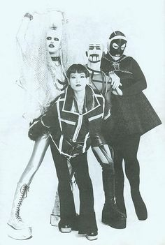 NYC club kids originals WaltPaper, Mihoko, Christopher Comp and Dezi Monster:: Vintage Goth, Moda Vintage, Michael Alig, Club Fashion, Drag Queens, Estilo Club, Gothic Musik, Kasimir Und Karoline, Leigh Bowery