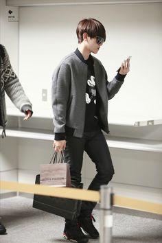 141110- EXO Byun Baekhyun; Incheon Airport to Fukuoka Airport #exok #fashion