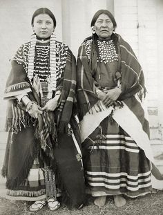 Martha Walkslow and Mother Martha Walkslow and Mother- Assiniboine. Photo taken by my Great Uncle at Fort Belknap, Montana, 1899 Native American Cherokee, Native American Clothing, Native American Beauty, Native American Photos, Native American Tribes, Native American History, American Symbols, Indian Pictures, Native Indian