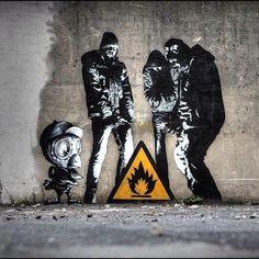 Street Art Buzz on - Street Art - # calle - Street Art Buzz on – Street Art – - 3d Street Art, Street Art Banksy, Urban Street Art, Amazing Street Art, Street Artists, Banksy Graffiti, Urban Graffiti, Bansky, Graffiti Artists