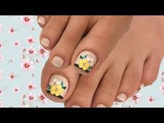 Decoración de flores en las uñas de los pies - YouTube Pretty Toe Nails, Pretty Toes, Toe Nail Designs, Manicure And Pedicure, Diy And Crafts, Nail Art, Make It Yourself, Foto Instagram, Hannukah