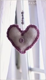 Strikkezonen: Gratis oppskrift på strikket hjerter Delena, Baby, Crochet Hats, Fashion, Knitting Hats, Moda, Fashion Styles, Baby Humor, Fashion Illustrations