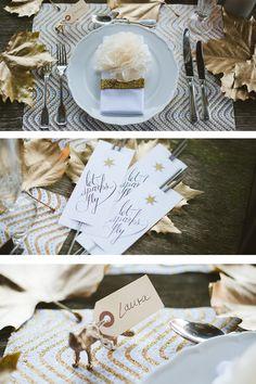 Dekoideen für eine Winterhochzeit von Fräulein K sagt Ja Place Cards, Place Card Holders, Wedding, Stationary, Decoration, Etsy, Pom Poms, Wedding Table Markers, Centerpiece Ideas