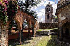 Muros con cientos de historias para contar en #Tlaxcala, rincón colonial de #Mexico.