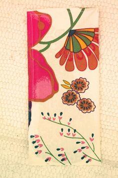 Sy en kasse - DIY Sweden Fabric Patterns, Sewing Patterns, Textiles, Popular Pins, Sweden, Free Pattern, Diy And Crafts, Notebook, Inspiration