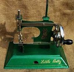 The Straco Little Betty sewing machine model W2/02 circa 1948-50.  Early all-metal Little Betty machines came in several different colours, they are the most sought after, the most popular models were green and blue. The earlier models were all metal including the hand wheel.