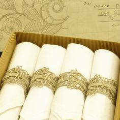 lace bows as napkin rings