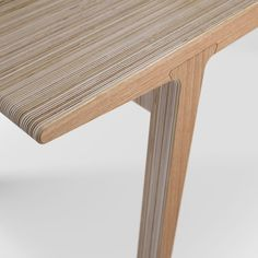 Ply Tapered Oak detail