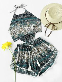 Shop Aztec Print Bow Tie Open Back With Pompom Shorts at ROMWE, discover more fashion styles online. Outfits Teenager Mädchen, Teen Girl Outfits, Summer Fashion Outfits, Girly Outfits, Outfits For Teens, Pretty Outfits, Teenage Outfits, Preteen Fashion, Girls Fashion Clothes