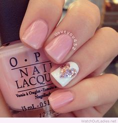 Pink nails with glitter heart