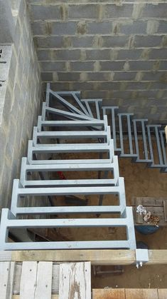 Carpet Runners For Stairs Lowes Steel Stairs, Loft Stairs, House Stairs, Carpet Stairs, Staircase Handrail, Stair Railing, Staircase Design, Deck Stair Lights, Flooring For Stairs