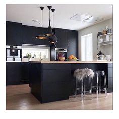 Kitchen scandinavian country dining rooms 64 ideas for 2019 Home Decor Kitchen, Diy Kitchen, Kitchen Interior, Country Dining Rooms, Small Room Design, Scandinavian Kitchen, Scandinavian Interior, Home Decor Shops, Black Kitchens