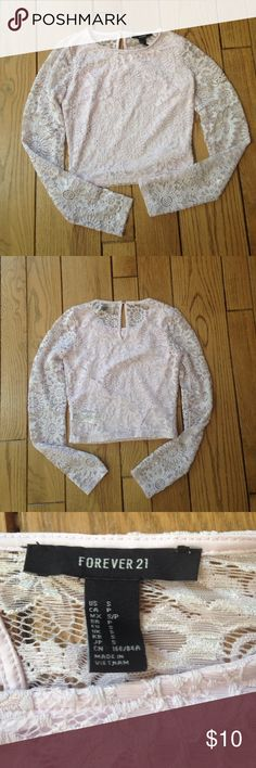 FOREVER 21 Lace cropped shirt This long sleeve cropped shirt is a light lilac color. It has never been worn so it is in perfect condition. 🌻 Forever 21 Tops Crop Tops