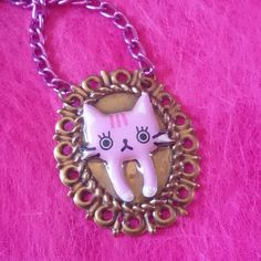 Necklace cat #handmade #kawaii #japan #cat #necklace #collier #cammeo #resin #pink #violet #love #lovecats #catspaw #gommini #feline #nosecat #chain #eyes #pinup #rockabilly #charm
