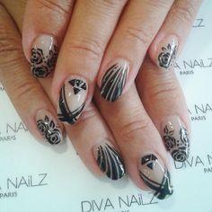 Bonne journée...perso, jsuis fan de la déco  #divanailz #divanails #ongles #onglerie #geluv #manucure #gelnailart #nailartist #instanails #picoftheday #nails #nailbar #baraongles
