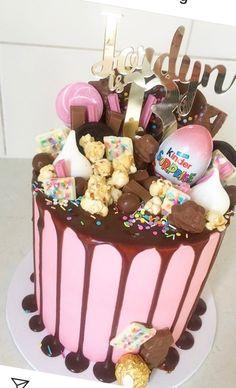 Birthday Ideas, Birthday Cake, Always Hungry, Drip Cakes, First Birthdays, Treats, Cooking, Desserts, Food