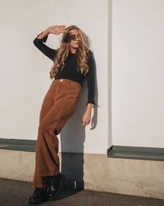 70s Outfits, Mode Outfits, 70s Fashion, Autumn Fashion, Mode Simple, Celebrity Look, Facon, Outfit Goals, Fall Winter Outfits