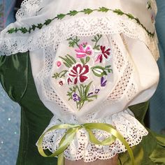 Traje de huertana (1) Beautiful Dresses, Nice Dresses, Old School Fashion, Ballet Tutu, Ag Dolls, Dress Making, Embroidery Designs, Doll Clothes, Sewing Projects