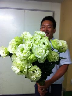 green lisianthus  HOLY CRAP, that's HUGE!!!