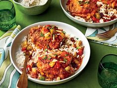 Country Captain Chicken -This gorgeous chicken dish is one of those regional classics that many natives either grew up eating all the time or have never heard of before— Turkey Recipes, Chicken Recipes, Dinner Recipes, Dinner Ideas, Yummy Recipes, Holiday Recipes, Teriyaki Chicken, Dutch Oven Recipes, Recipes