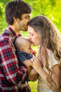 Derick, Jill (Duggar) & Baby #IsraelDavidDillard 's First Wedding Anniversary 2015. #Duggars #Dillards #19KidsAndCounting