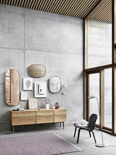 The Muuto Framed Mirror designed by Anderssen and Voll is a classic accessory for any modern interior design. It comes from the Finnish label Muuto, who Scandinavian Interior Design, Scandinavian Living, Nordic Design, Decor Interior Design, Interior Decorating, Modern Design, Room Interior, Modern Chinese Interior, Scandinavian Furniture