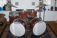 Please only post complete/restored drums in the gallery. Double Bass Drum Set, Ludwig Drums, Drums Beats, Vintage Drums, Snare Drum, Drum Kits, Music Instruments, Drummers, Gallery